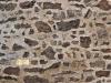 muri-antichi-con-pietre-e-trama-di-chiusura-165325729