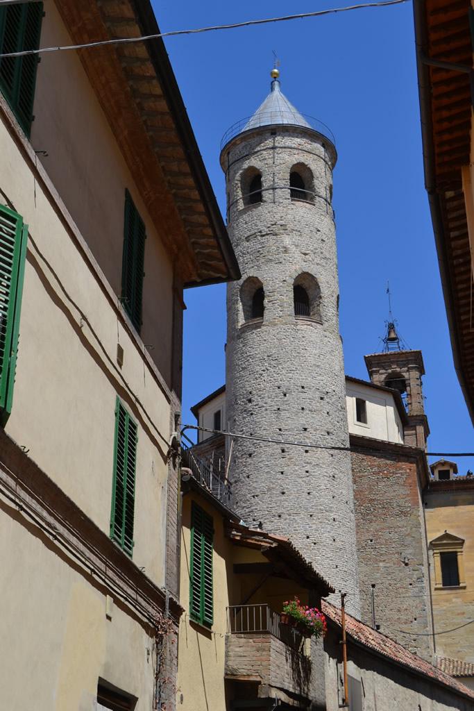 citta-di-castello-campanile-rotondo-1