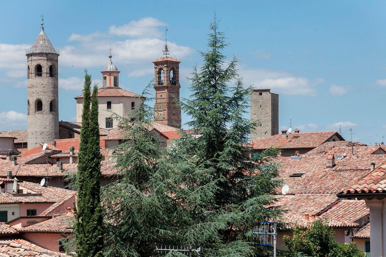cittc3a0_di_castello_panorama2